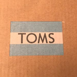 TOMS KID SHOES